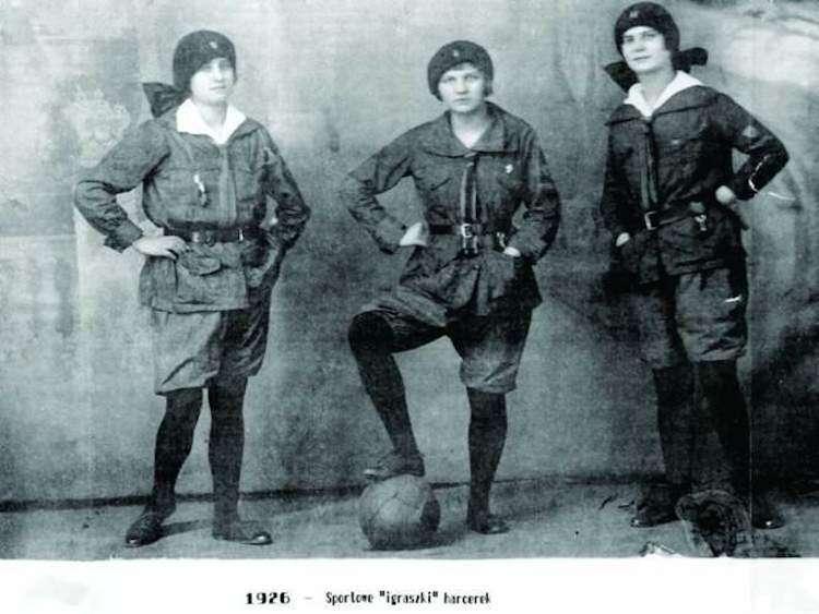 Polish-Girl-Scouts